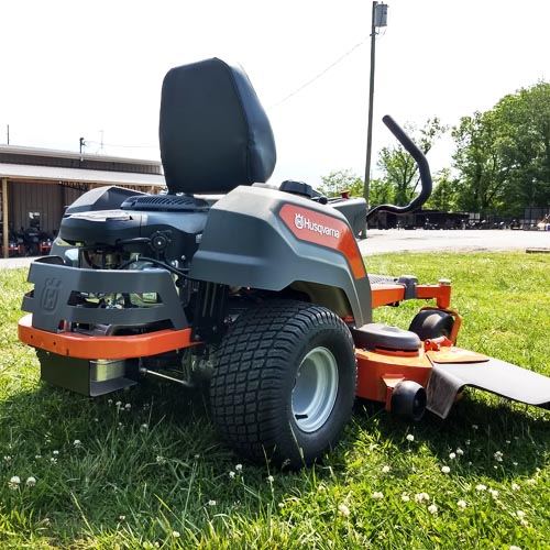 Best Zero Turn Mower for Hills - Reviews & Guide