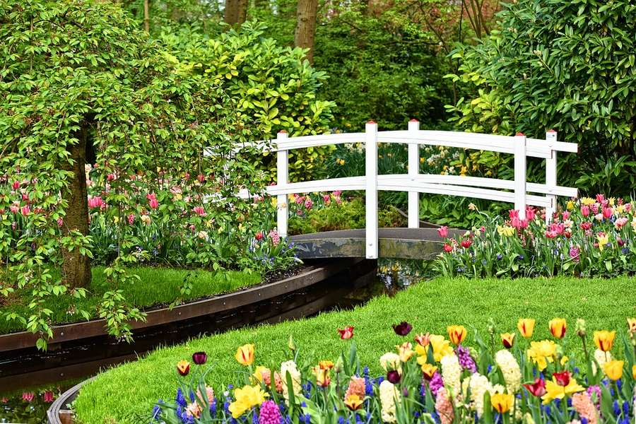 Best Garden Bridge