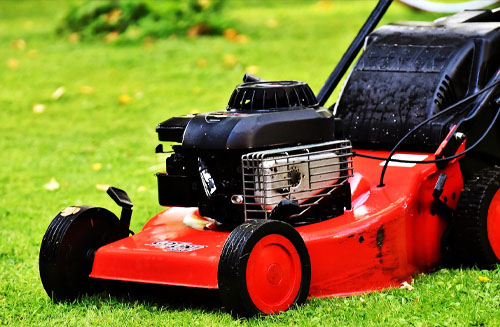 How to Clean Your Lawn Mower Carburetor