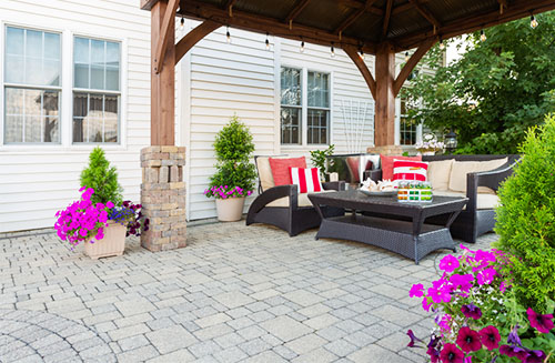 Pros and Cons of Sealing Pavers